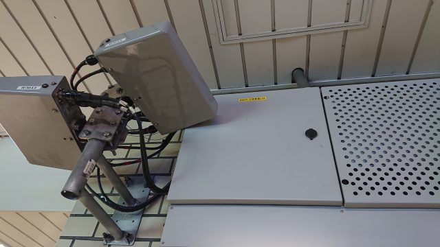 WiMAXは地下鉄でも繋がるで!御堂筋線本町駅のWiMAXアンテナ